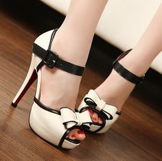 high heel pumps with bowknot