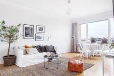 small apartment / studio apartment