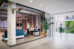 Airbnb, colorful meeting and sitting area - (re)Pinned by ININTERIEURS