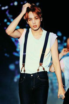 kim jongin casually destroying me ~ <3