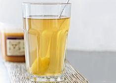 Denne varme drik med ingefær og æble giver virkelig varmen i hele kroppen og tager toppen af forkølelsen.