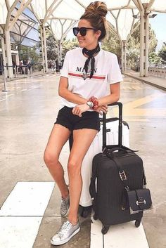 Http://Glaminati.Com/Airplane-Outfits-Ideas/ summer airplane outfit, airpla Summer Airplane Outfit, Airplane Outfits, Short Outfits, Summer Outfits, Casual Outfits, Flight Outfit, Travel Attire, Airport Style, Airport Outfits