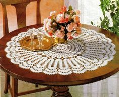 crochet home: Large round tablecloth. LACE Bruges