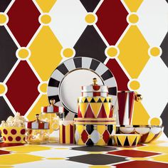 Explore the Circus collection at the Alessi official online store, an attractive and original series of kitchen accessories and objects designed by Marcel Wanders
