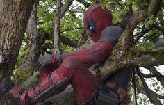 Deadpool 2016, Deadpool Movie, Dead Pool, Brianna Hildebrand, Morena Baccarin, Ryan Reynolds, High Five, Marvel Cinematic Universe, Superhero
