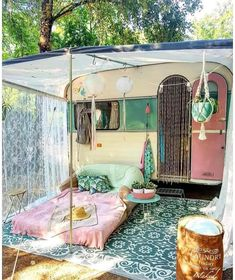 21 BOHEMIAN GARDEN IDEAS Christa Habicht christahabicht Wohnmobil Camper When you are decorating your home, then you might come across many different themes and styles. One of the most famous themes among the lot is Bohemian. It is a theme that looks Camping Vintage, Vintage Campers, Vintage Caravans, Vintage Rv, Retro Campers, Vintage Travel Trailers, Camper Trailers, Retro Trailers, Tiny Trailers