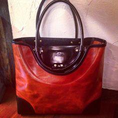 伽羅沙ガラシャ造形デザインワークス レザーシルバーファニチャーのオリジナル作品オーダーメードを展開していますメールでお気軽にお問い合わせ下さいEmail:shop@garasha.net  ニューコンセプトのラインが完成しました クニャード  初めまして 宜しくお願いします  #Smartphonecase #DrBag #order #cardcase #leathergoods #leatherbag #handmade #madeinjapan #fashion #leathercraft #leatherwork #accessory #art #silver #totebag #love #instagood #silvercraft #silverwork  #wallet #ring #shoulderbag #swag #furniture by llllnaokillll