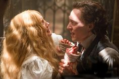 Tom Hiddleston as Sir Thomas Sharpe (with Mia Wasikowska as Edith Cushing) From http://tw.weibo.com/torilla/4046166662818586 via http://www.kerryhayesphoto.com