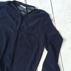 Second Female silk blouse [size  L] #kolifleur #scandinavian  by @ninabrigitte