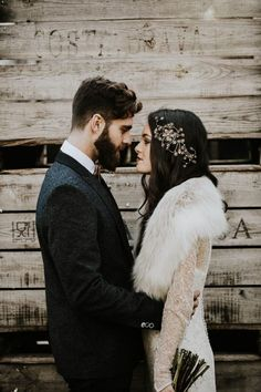 Wedding Photos - This dark winter wedding is a visual masterpiece with a mixture of delicate and luxurious textures and a moody color palette with pops of white. Winter Wedding Fur, Winter Bride, Winter Wonderland Wedding, Snow Wedding, Winter Weddings, Christmas Wedding, Winter Hair, Romantic Weddings, Wedding Shoot