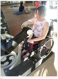 Academia com acessibilidade para cadeirantes no Espaço Águas Claras, spa + hotel a 30km de Belo Horizonte. http://cadeiravoadora.com.br/spa-acessivel-para-cadeirantes-pertinho-de-belo-horizonte/