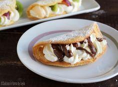 Un dolcetto carinissimo da presentare e anche molto goloso: le Omelette di pan di spagna panna e nutella. Un piccolo peccato di gola da concedersi.