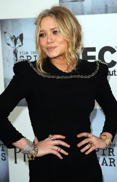 MARY-KATE | STATEMENT SHOULDER DRESS + JEWELRY - Olsens Anonymous