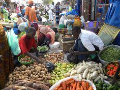 Visite du marché de Kaolack, Senegal