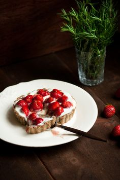 // strawberry, rosemary, caramel buckwheat tart
