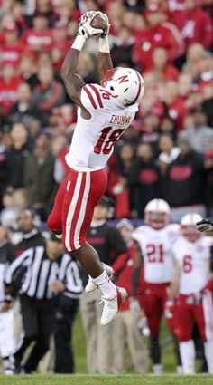 Nebraska wide receiver Quincy Enunwa (18) pulls in the first-down catch from quarterback Taylor Martinez with 4:03 left in the fourth quarter on Saturday, Oct. 20, 2012, at Ryan Field in Evanston, Ill.