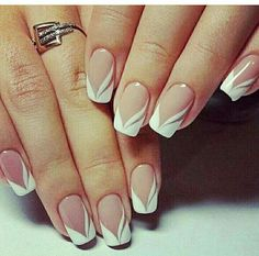 french nails nude-quadratisch-spitze-weiß-dreieckig-lang-elegant-brautnägel-ri… french nails nude-square-lace-white-triangular-long-elegant-bridal-nails-ring Nude nails always look COFFIN NAIL ART Nude nail ideas that a French Manicure Nails, French Manicure Designs, French Tip Nails, Gel Nails, Manicure Ideas, Acrylic Nails, Spa Manicure, Pedicure, White French Nails