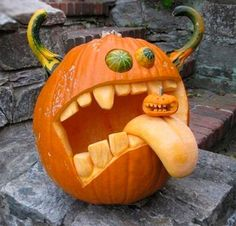 Carved pumpkin -- OMG I need to have Steve make this!!!!! adorable!