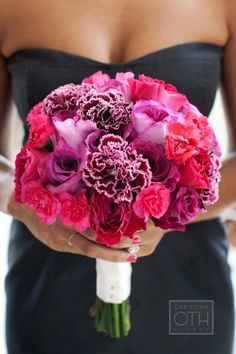 Hot pink bridesmaids bouquet, nice color! | Photo: Christian Oth Studios,Flower: Hatch Creative Studio