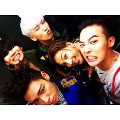 I have a handfull of dummies !!! BigBang