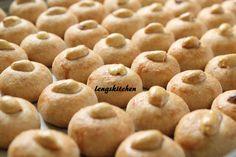 LOVE Peanut Cookies