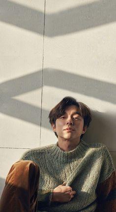Harper's Bazaar Phone Wallpaper Gong Yoo Smile, Yoo Gong, Korean People, Korean Men, Asian Actors, Korean Actors, Busan, Gong Yoo Goblin Wallpaper, Goblin Korean Drama