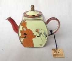 Toulouse-Lautrec Photographer miniature teapot by Charlotte di Vita