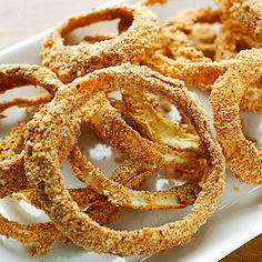 Healthy Raw Onion Rings - Rawmazing Raw and Cooked Vegan Recipes Raw Dessert Recipes, Raw Vegan Recipes, Vegan Foods, Vegan Snacks, Healthy Recipes, Raw Desserts, Drink Recipes, Freezer Cooking, Easy Cooking