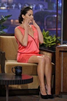 Olivia Munn has great legs