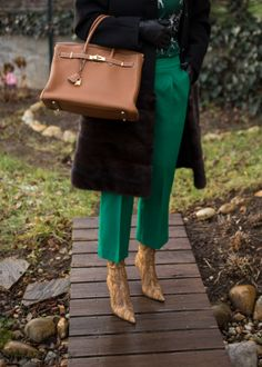 silk blouse Rena Lange, coat (wool) Stefanel embellished with mink fur thanks to my furrier inspired by Brioni, gloves Lamarthe, green pants (thick virgin wool) Made by me/SILKY1WAY, ankle boots Sergio Rossi, purse Hermès Birkin in gold colour with GHW