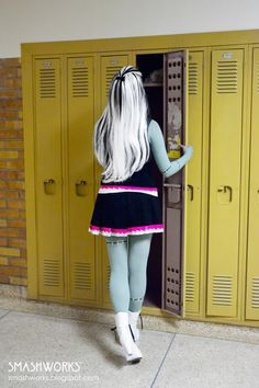 Monster High Cosplay. WOW! That looks clawesome!!!!!!!!