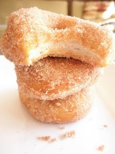 The Food Pusher: Refrigerator Biscuit Donuts(great recipe for little ones to help with.quik and yummy)! Beignets, Just Desserts, Delicious Desserts, Dessert Recipes, Yummy Food, Breakfast Recipes, Blueberry Desserts, Dessert Ideas, Breakfast Ideas