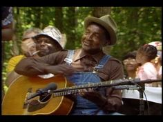 A history of rhythm and blues music in America - Piedmont house parties in black communities arose as a result of racial segregation Rhythm And Blues, Blues Music, Kinds Of Music, My Music, Folk Music, Best Documentaries, Blues Artists, Boys Like, Blues Rock