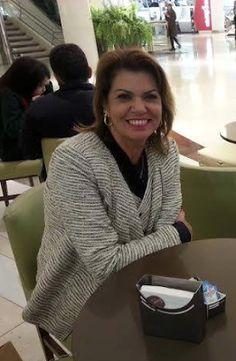 Raquel Superlinda: EGO
