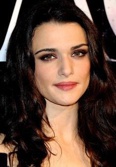 Rachel Weisz's Plum Smoky Eye