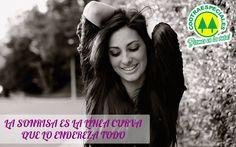 Sonríe, se feliz y regala felicidad a los demás. #Cootraespeciales #Transporte #turismo #Escolar #empresarial.