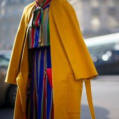 Street Style: Say Bye With Bold Color and Print