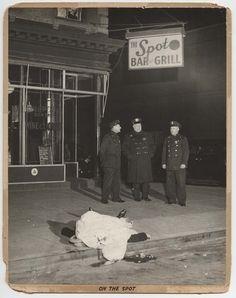 On the Spot, December 9, 1939 © Weegee/International Center of Photography