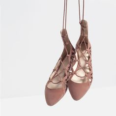 Image 4 of LACE-UP LEATHER BALLERINAS from Zara