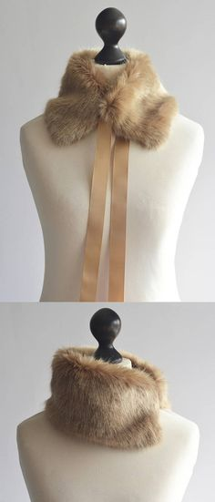Camel faux fur collar