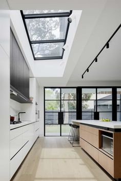 Roseberry Street House, Hawthorn East: A Double Fronted Victorian Terrace House with A Spacious, Light-Filled Modern Extension House Extension Design, House Design, Kitchen Interior, Home Interior Design, Victorian Terrace House, Street House, Modern Kitchen Design, Home Kitchens, Architecture Design