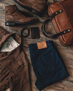 Walk This Way – wanderlust Tall Men Fashion, Mens Boots Fashion, Leather Fashion, Rugged Fashion, Style Brut, Pantalon Slim Fit, Men Style Tips, Style Men, Mens Fashion Sweaters
