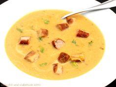 Chili und Ciabatta: Fenchel-Lauch-Kartoffel-Suppe mit Curry und Bratwürstchen