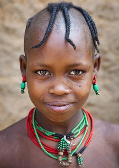Hamer Tribe Girl In Traditional Outfit, Dimeka, Omo Valley, Ethiopia by Eric Lafforgue Kids Around The World, We Are The World, People Of The World, Eric Lafforgue, Makes You Beautiful, Beautiful People, Beautiful Eyes, Portrait Photography, Underwater Photography