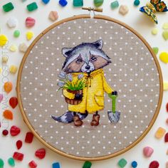 Kalinka art: Procione-Giardiniere / Racoon-Gardener / Енот-Садовник от Neocraft Small Cross Stitch, Cross Stitch Letters, Cross Stitch Baby, Cross Stitch Animals, Cross Stitch Designs, Cross Stitching, Cross Stitch Embroidery, Hand Embroidery, Bead Loom Patterns