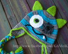 Ganchillo gorro de rayas azul gris verde temible monstruo - cualquier tamaño - Custom órdenes disponibles