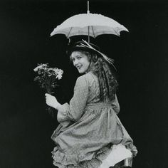 Charming picture of Mary Pickford - my favorite movies of hers is Daddy Long Legs, and My Best Girl. Sincerely, Melinda Ryan of Good Looking Objects <3