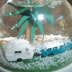 60's trailer snow globe Vintage Holiday, Snow Globes, Cake, Desserts, Tailgate Desserts, Deserts, Kuchen, Postres, Dessert
