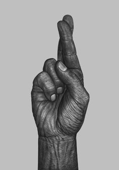 05-Fingers-crossed-Børge-Bredenbekk-Eclectic-Subjects-in-Realistic-Pencil-Drawings-www-designstack-co