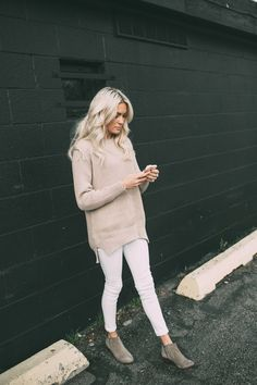 Knit sweater. All saints. J brand. Sam Edelman. Simple. Styling. Neutral outfit. Fashion. Blogger style. Fashion inspiration. Winter style 2015. Minimal style. Platinum hair. Brit Andrus.